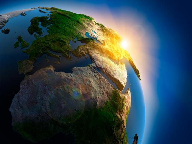 Планета Земля с увеличенным рельефом